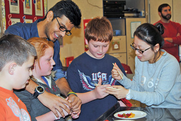 UF international students treat R'dale third-graders to their new year's celebrations