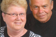 Couple celebrates 45th