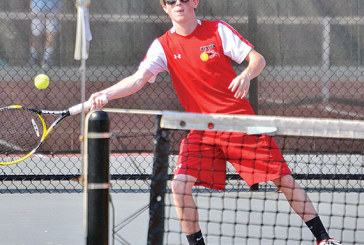 Kenton does as expected on day 1 of WBL tennis