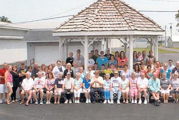 Dick family reunites at fairgrounds
