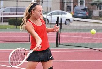 KHS tennis earns first win of 2015