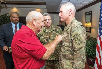 Kenton's Murray promoted to a three-star general