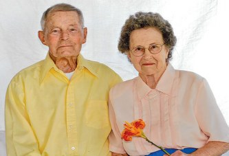 Couple celebrates 73rd anniversary