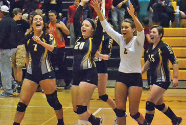 Polar Bears beat Riverside to place second in conference