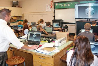 KMS students work with engineering software in career tech program