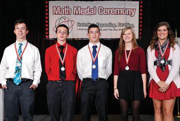 Hardin County high school seniors receive math medals