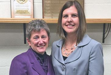 Ada school board honors Beaschler, Elliott at dinner