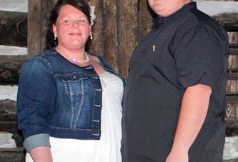 Sneary and Burris marry