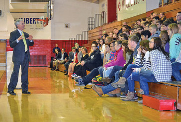 Congressman tells students about importance of voting, shares national debt worries
