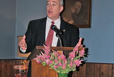 GOP must stand behind nominee, Ohio Senate leader tells Republicans