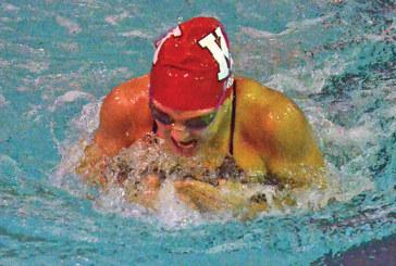 Gray earns top swimming award