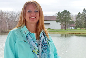 Woman afflicted with ADHD helps others with disorder