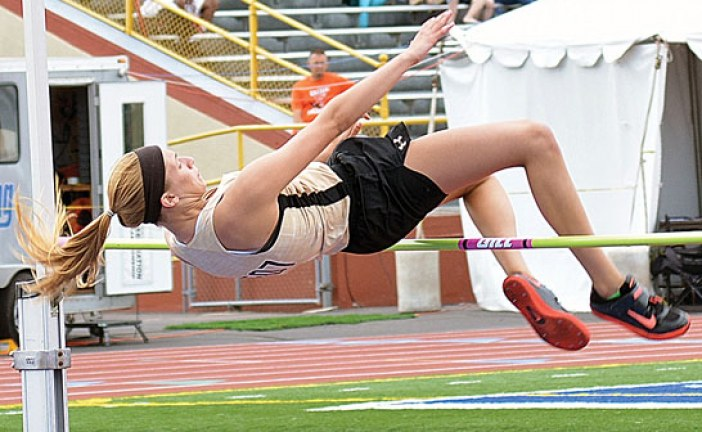 Crosby reaches state in high jump