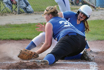 Falcons edged in playoff pitchers' duel