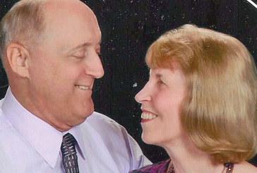 Couple celebrates 40th