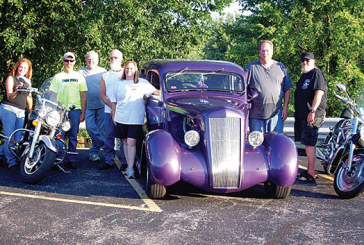 Moose Riders plan cruise-in, show