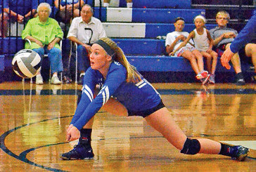 Falcons finish games well in sweep of R'mont