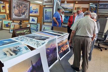 Viewing Machetanz prints in Alaska