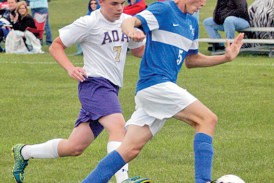 Late goal off set play lifts Riverdale past Bulldogs, 1-0