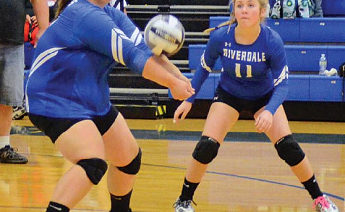 Arlington defeats Falcon volleyball