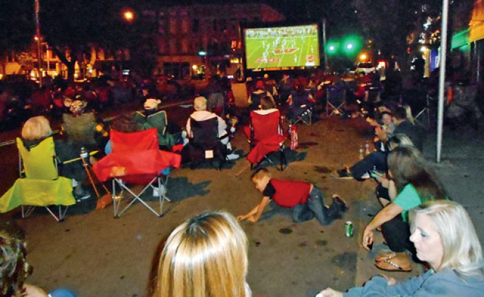 Buckeye fans fill downtown Kenton