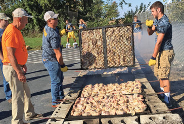 HN FFA holds chicken barbecue