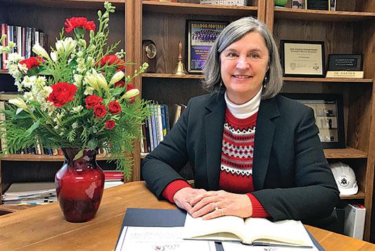 Dr. Suzanne Darmer