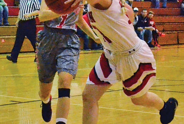 KHS girls rally from slow start to rip Lakers