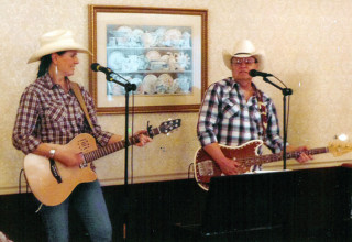 Country duo at KNRC