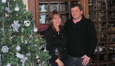 Becky and Rodney Reed to open home for Candy Cane tour
