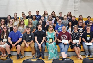 HN seniors honored