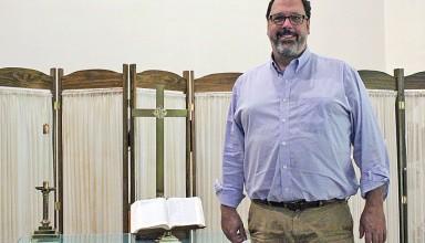 Pastor Doug Flinn featured