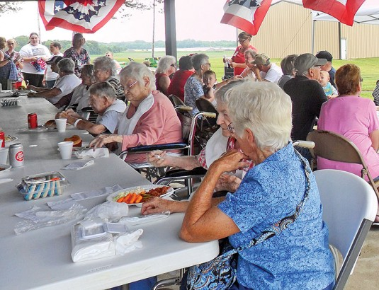Community cookout at Hardin Hills for the Fourth of July